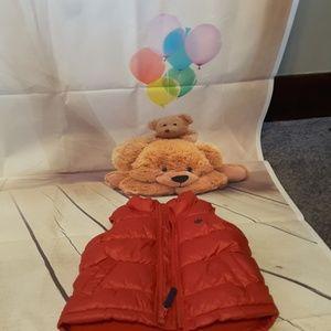 Old Navy red zip front puffer vest size 12-18 mos